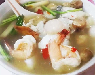 Tomyum fresh water prawn 180.-