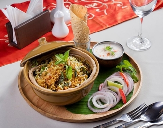 Chicken Biryani 325.-