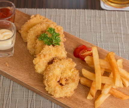 Fried Calamari 177.-
